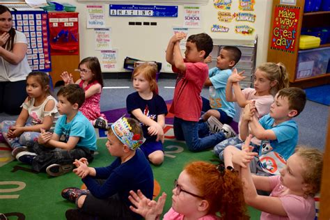 lynbrook student helps write book sign language herald