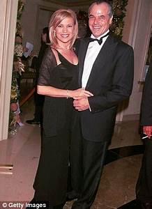 Vanna White | News - married, divorce, rumors, affairs ...