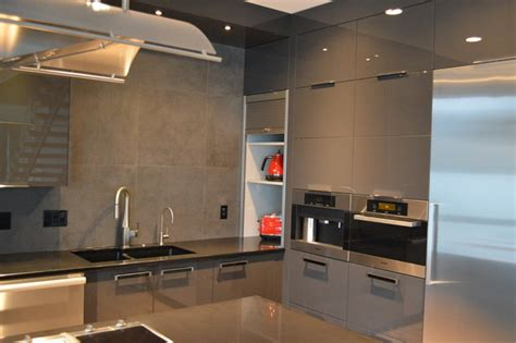 Garage Cabinets And Countertops by Appliance Garage Modern Kitchen Vancouver By Nexs