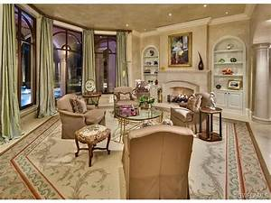 Grand salon - formal living room - fireplace - traditional ...