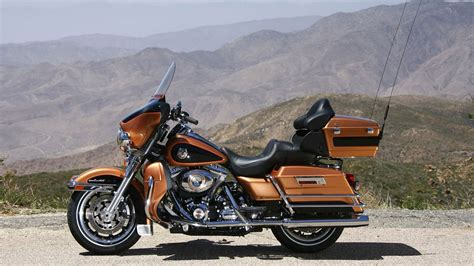Harley Davidson Bikes Wallpapers (76+ Images