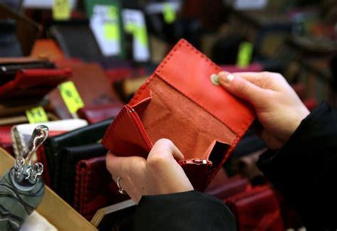 Dienas tēma: Savstarpējie aizdevumi aug griezdamies ...