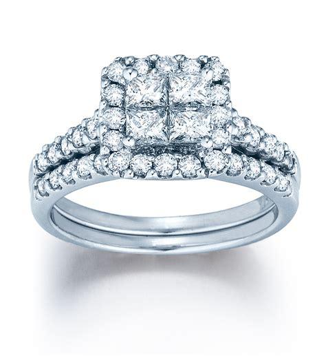 hottest  trends  diamond engagement rings  bridal