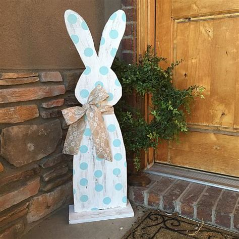 hippity hop easter bunny outdoor decor project  decoart