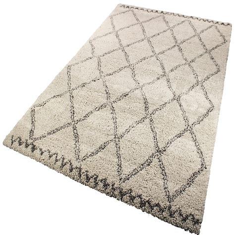 chambre fourrure tapis crème et gris 160x230cm aline décoration