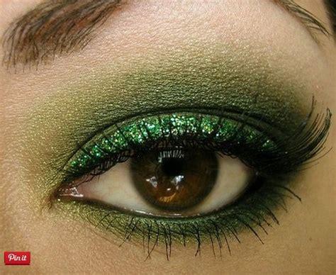 fabulous shades  green eyeshadow pretty designs