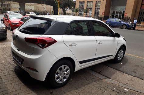 hyundai i20 zubehör 2016 hyundai i20 1 4 fluid hatchback petrol fwd manual cars for sale in gauteng r 165