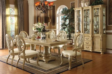 Antique White Dining Room Table by Antique White Finish Dining Table W Pedestal Base