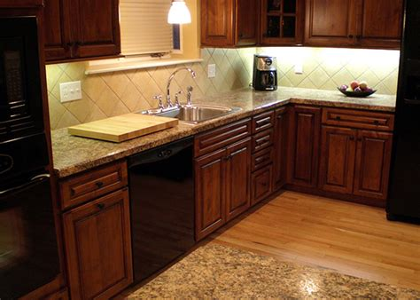 Kitchen Countertop And Backsplash Combinations by Backsplashes And Cabinets Beautiful Combinations Spice