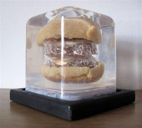 burger  cheeseburger  lucite  eats
