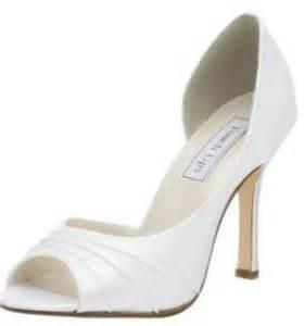 neiman wedding shoes trend bridal shoes