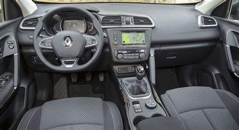 siege auto route renault kadjar vs peugeot 3008 comparatif vidéo auto 2015