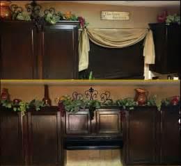 best 25 kitchen wine decor ideas on wine decor wine decor for kitchen and kitchen