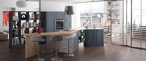 modele de cuisine en bois modele de cuisine amenagee 2 cuisine bois sur mesure