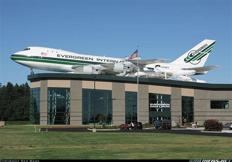 Boeing 747-132(SF) - Evergreen International Airlines ...