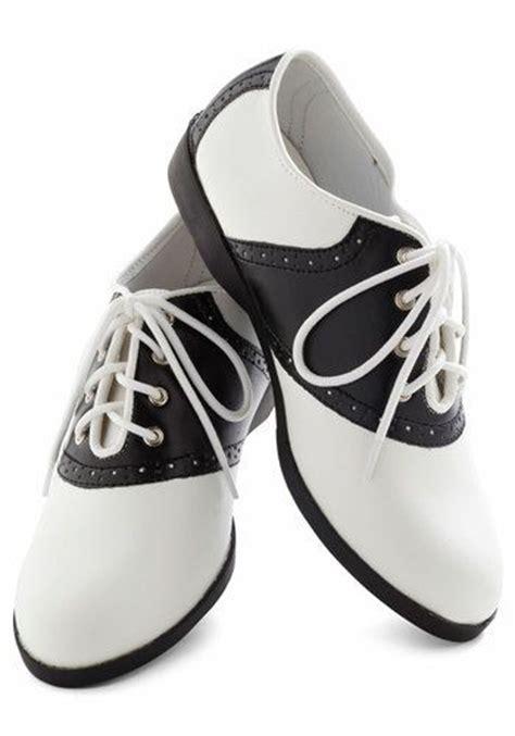 saddle shoes  designed shoes