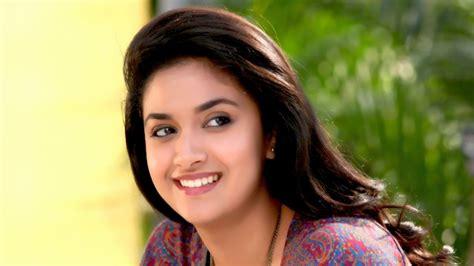actress keerthi suresh birthday date keerthy suresh height weight age affairs biography