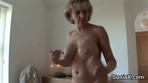 Cheating British Milf Lady Sonia Pops Out Her Enormous Boobs On Gotporn 5975507