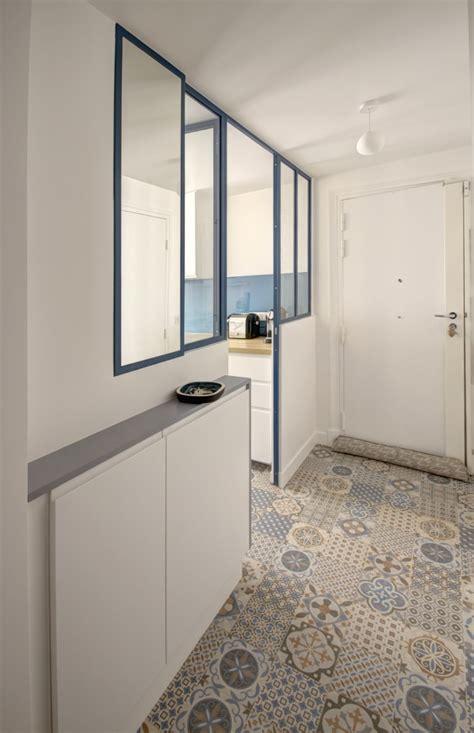 cuisine atelier artiste verrière atelier carreaux ciment ambiance bleu canard