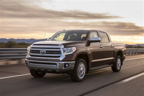 Toyota Truck Models by 2014 Toyota Tundra Gets Redesigned Autoevolution
