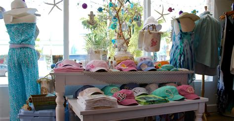 island trader siesta key village boutique