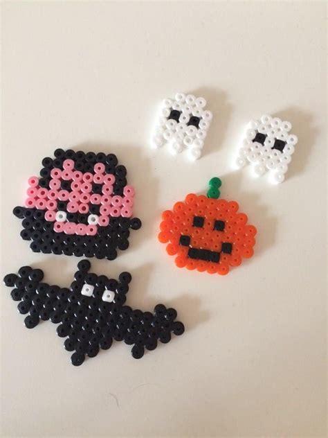 dekoration fuer den tisch buegelperlen basteln halloween buegel buegelperlen und halloween