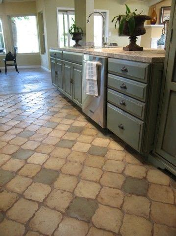 flooring options for kitchen 224 best kitchen floors images on 3466
