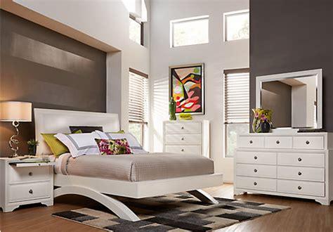 Belcourt White 5 Pc King Platform Bedroom  Bedroom Sets