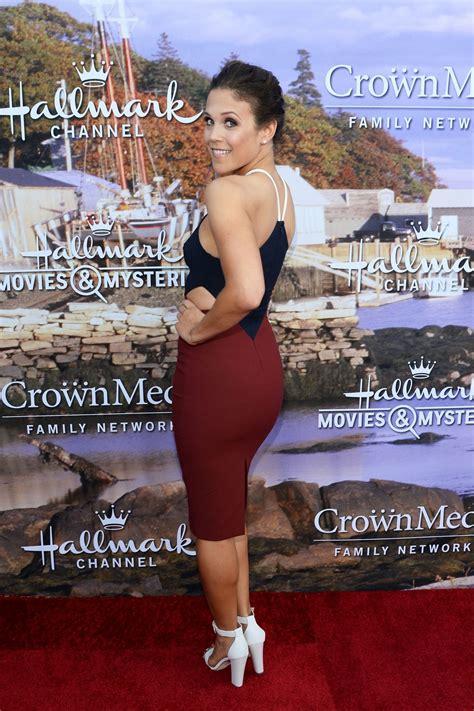 Erin Krakow – Hallmark Movies and Mysteries Summer 2016 ...