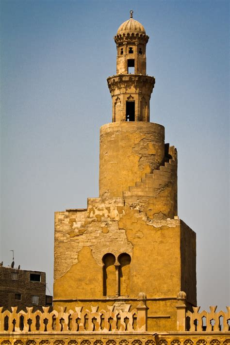 beautiful mosque  ibn tulun egypt pictures
