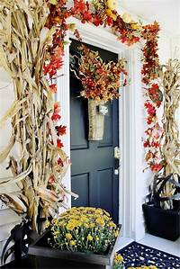 front door decorating ideas Decorating Your Front Door for Fall | Homes.com