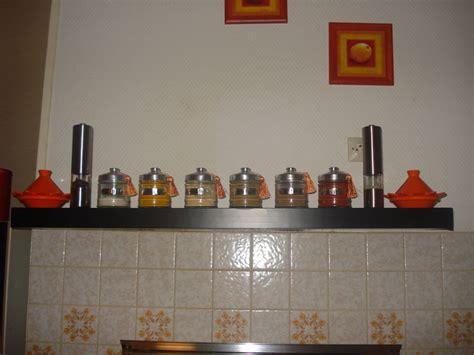 etagere a epice cuisine decoration etagere de cuisine