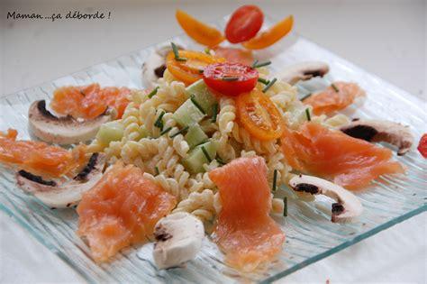 recette cuisine simple salade de pâtes au saumon fumé maman ça déborde