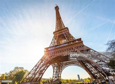 eiffel tower   premium high res pictures getty