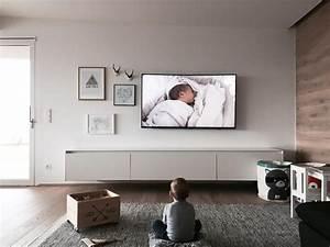 Moderne Tv Lowboards : die besten 17 ideen zu tv lowboard auf pinterest tv wand lowboard lowboard ikea und tv kasten ~ Whattoseeinmadrid.com Haus und Dekorationen