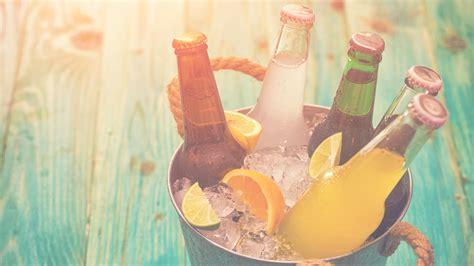Getränke schnell kühlen: Mit diesem Geheimtipp reichen 2 ...