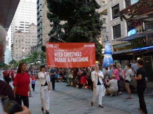 queen street mall christmas parade parade 2012 mall live in bne