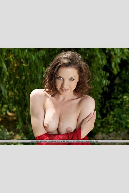 Anita E strips off her red dress to reveal her gorgeous nude body - Coed Cherry