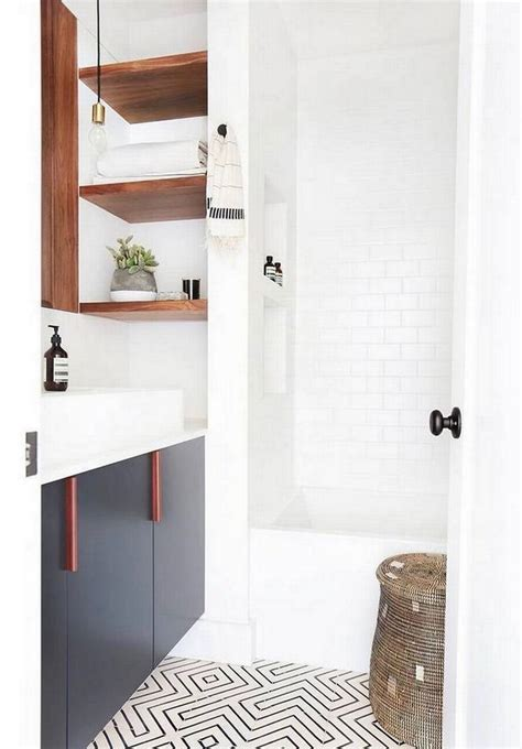 Before And After Small Bathroom Makeovers by 8 Mind Blowing Small Bathroom Makeovers Before And After