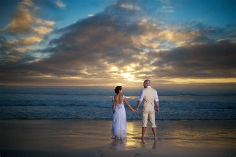 beach wedding  darren nicola peartree