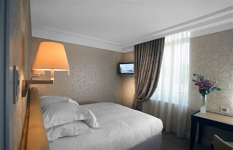 chambre suite hotel les suites deluxe princesse flore hôtel 5 étoiles