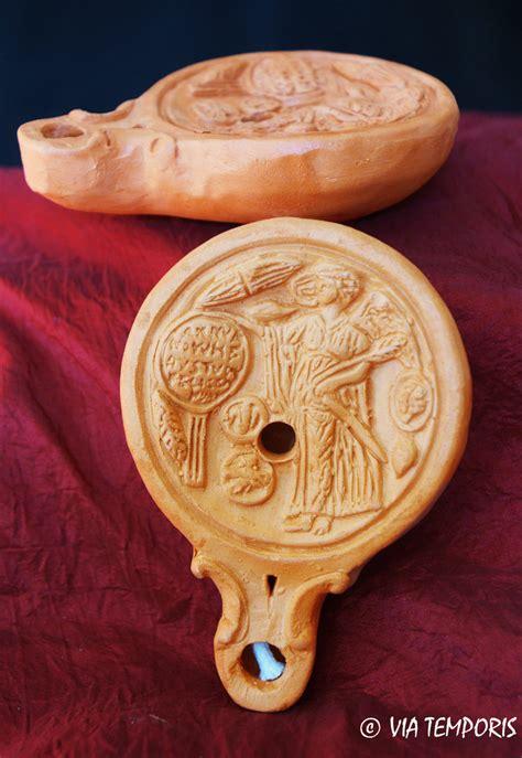 panier pour 騅ier cuisine lampe a huile gallo romaine avec victoire pour les voeux via temporis