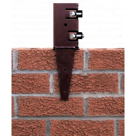 Metpost Wall Anchor Post Support For 75mm Sq Posts