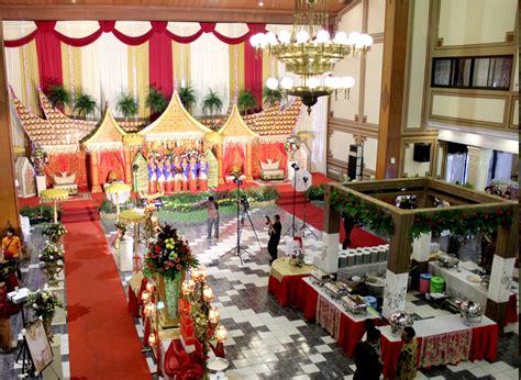 Mercure surabaya hotel mudah diakses dari bandara. Info Harga Paket Pernikahan di Gedung Balai Kartika Surabaya