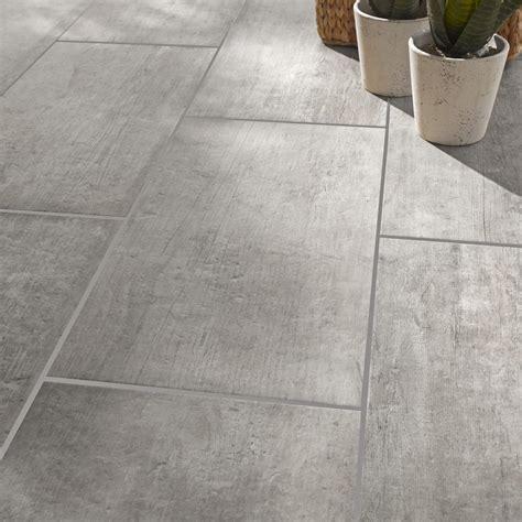 carrelage cuisine gris carrelage sol et mur gris effet bois saloon l 30 x l 60 cm