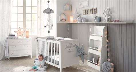 lumiere chambre bébé 5 conseils pour aménager la chambre de bébé le déco