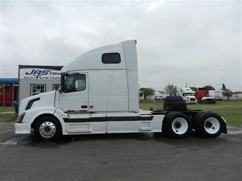2016 volvo semi truck for sale heavy duty truck sales used truck sales semi trucks for