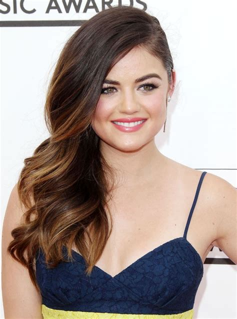 A gorgeous Lucy Hale | Loose hairstyles, Lucy hale, Lucy ...