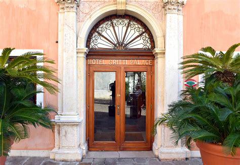 The Gritti Palace Venice Hotel Review Exclusive Palatial. Hotel Carat. Double Dutch B&B. Dream Villa Tagoro Hotel. Andaman Beach Suites Hotel. Eurothermen Resort Bad Ischl Hotel Royal. Le Sen Boutique Hotel. Hilton Sharm El Sheikh Fayrouz Resort. Arkaba Station Hotel