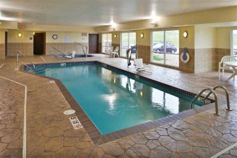 comfort suites rapid city pool picture of comfort suites hotel convention center